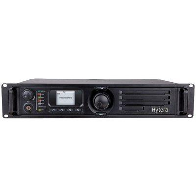 Hytera RD985 repeater DMR analoog/digitaal VHF-UHF