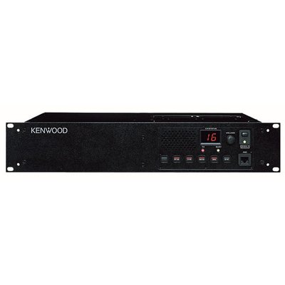 Kenwood TKR-751E VHF repeater en basisstation in 1