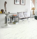 Quick-Step AMGP40136 Carrara Marmer Wit Quick-Step Ambient Glue Plus PVC