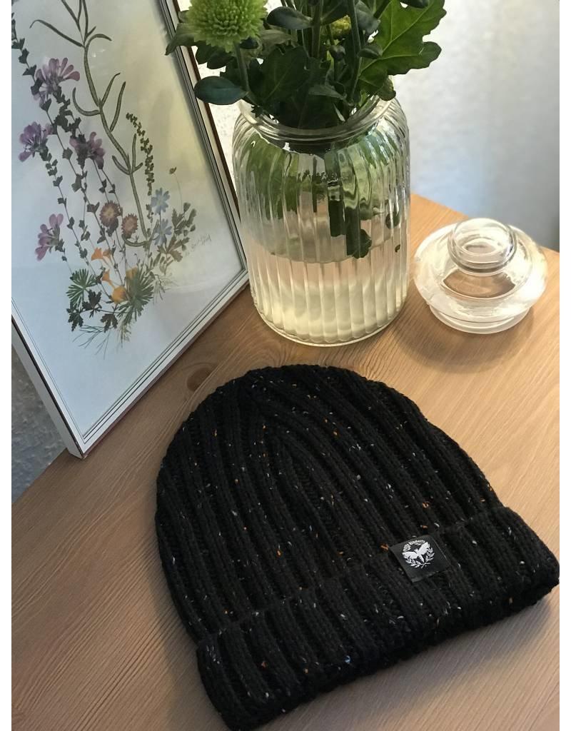 Motte Beanie schwarz-gepunktet