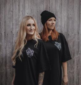Motte Traditional Heart T-Shirt Dress -black