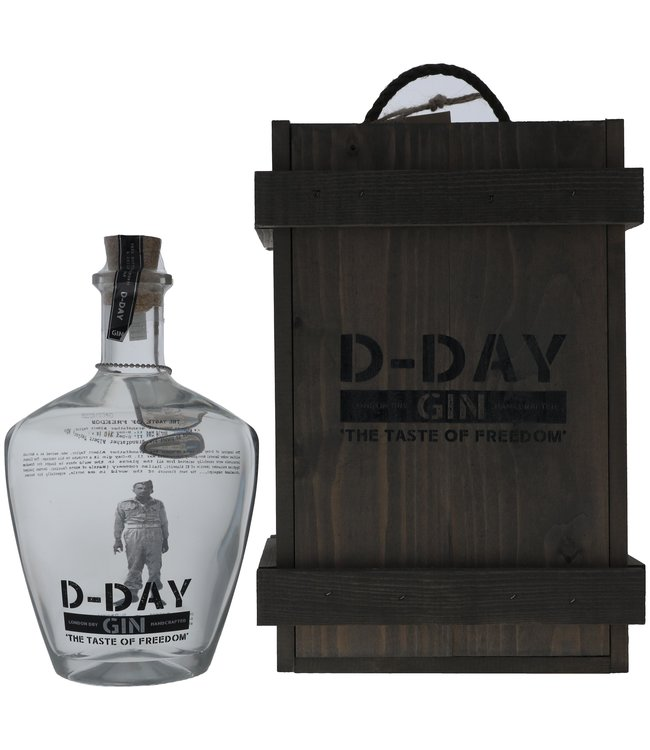 D-Day Gin + Wooden Giftbox