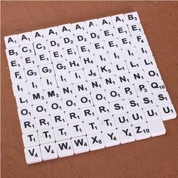 Supply Set van 100 Scrabble Letters