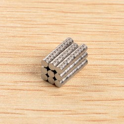 Supply Extra Sterke Magneten set van 100 Stuks