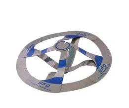 1 Stks Drijvende UFO Speelgoed Novetly Speelgoed Trucs Flying Disk Mini Magic Speelgoed