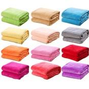 1 STKS Bed Deken Fleece Dekens Voor Bed Gooi Deken Machine Wasbaar Thuis Textiel Effen willekeurige Kleur 50 cm * 70 cm