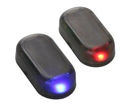 1 st Auto Led Licht Auto Auto Alarm Lamp Beveiliging systeem Waarschuwing Diefstal Flash Knipperend Lamp Zonne-energie Anti-diefstal LED licht <br />  HlrOoUMl
