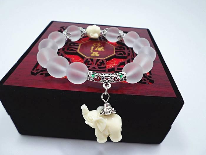 Natuurlijke matte crystal armbanden voor vrouwen mode super zoete olifant vrouwen armband groothande