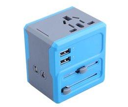 Universele Reisadapter met USB en Verschillende Aansluiting voor Stopcontact