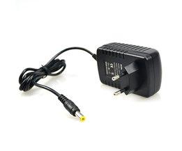 DC12V 2A Voeding Adapter Converter EU Plug Lader AC 100 V-240 V Input fit voor LED Strip Verlichting of Cctv Camera