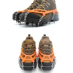 MyXL 2 Stuks 8 Tanden antislip Klauwen Ijs Stijgijzers Mangaan Staal grijper Ski Sneeuw Cleats Wandelen Klimschoenen Ketting Cover VS084 T28