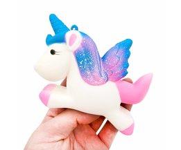 13.5 CM Simulatie Vliegende Eenhoorn Pony Paard Squishy Speelgoed Trage Stijgende Squeeze Doll Fun Grappen Rekwisieten Pranks Maker Trick