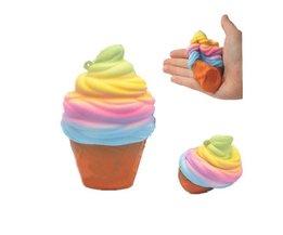 10 CM Ijs Leuke Squishy Voedsel Verlicht Stress Trage Stijgende Kleurrijke Regenboog Gags Joke Party PropsSpeelgoed P15