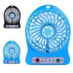 MyXL Mini 4 Blade Fan Draagbare Oplaadbare LED Fan luchtkoeler Mini Operated Bureau USB Opladen Rustige Werk Home Office 18650 batterij <br />  sannysis