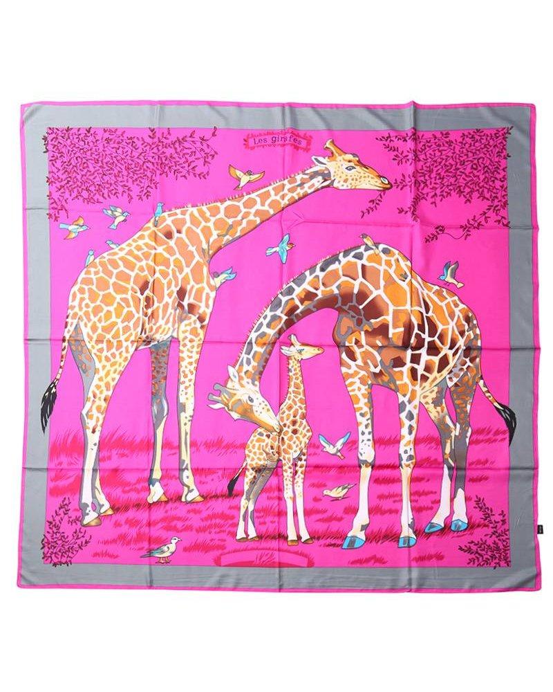 Giraffe printed scarf pink