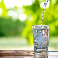 Santé! Tips om meer water te drinken
