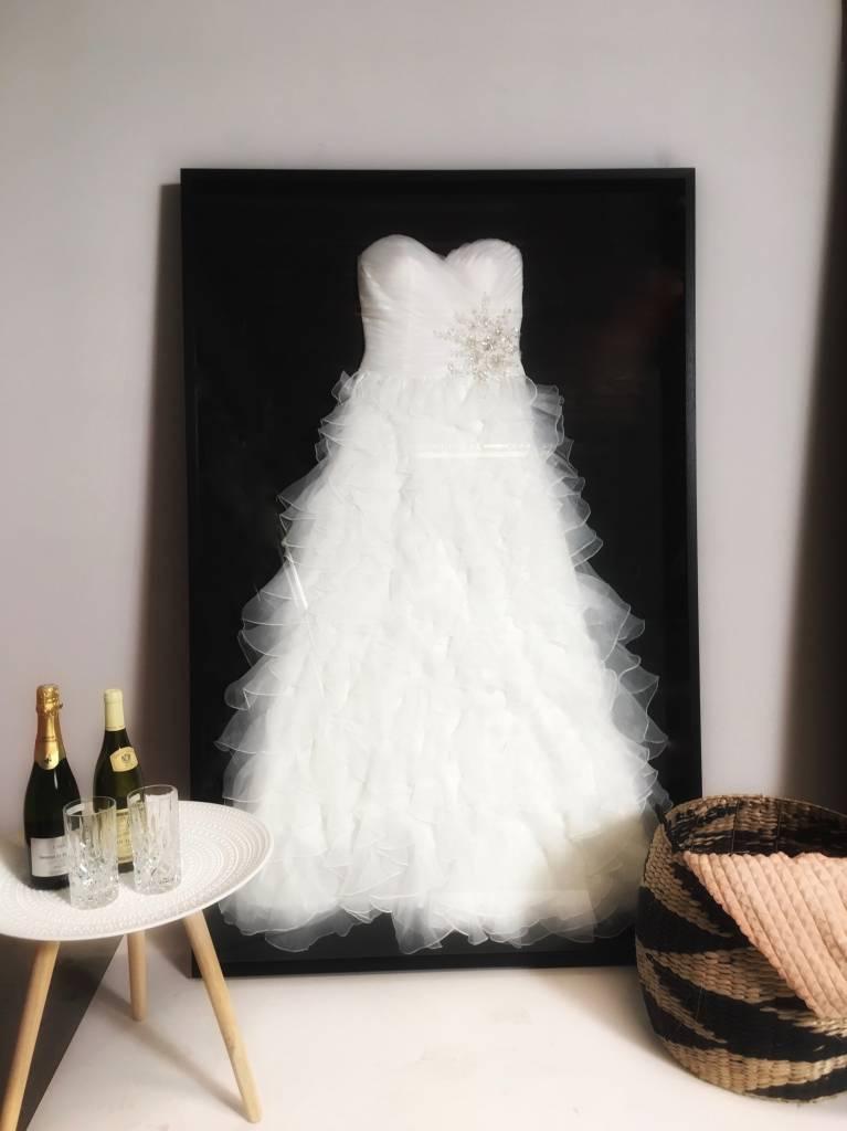 Laat uw trouwjurk inlijsten - Basic Style - Black edition