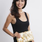 Envelop Clutch Gold
