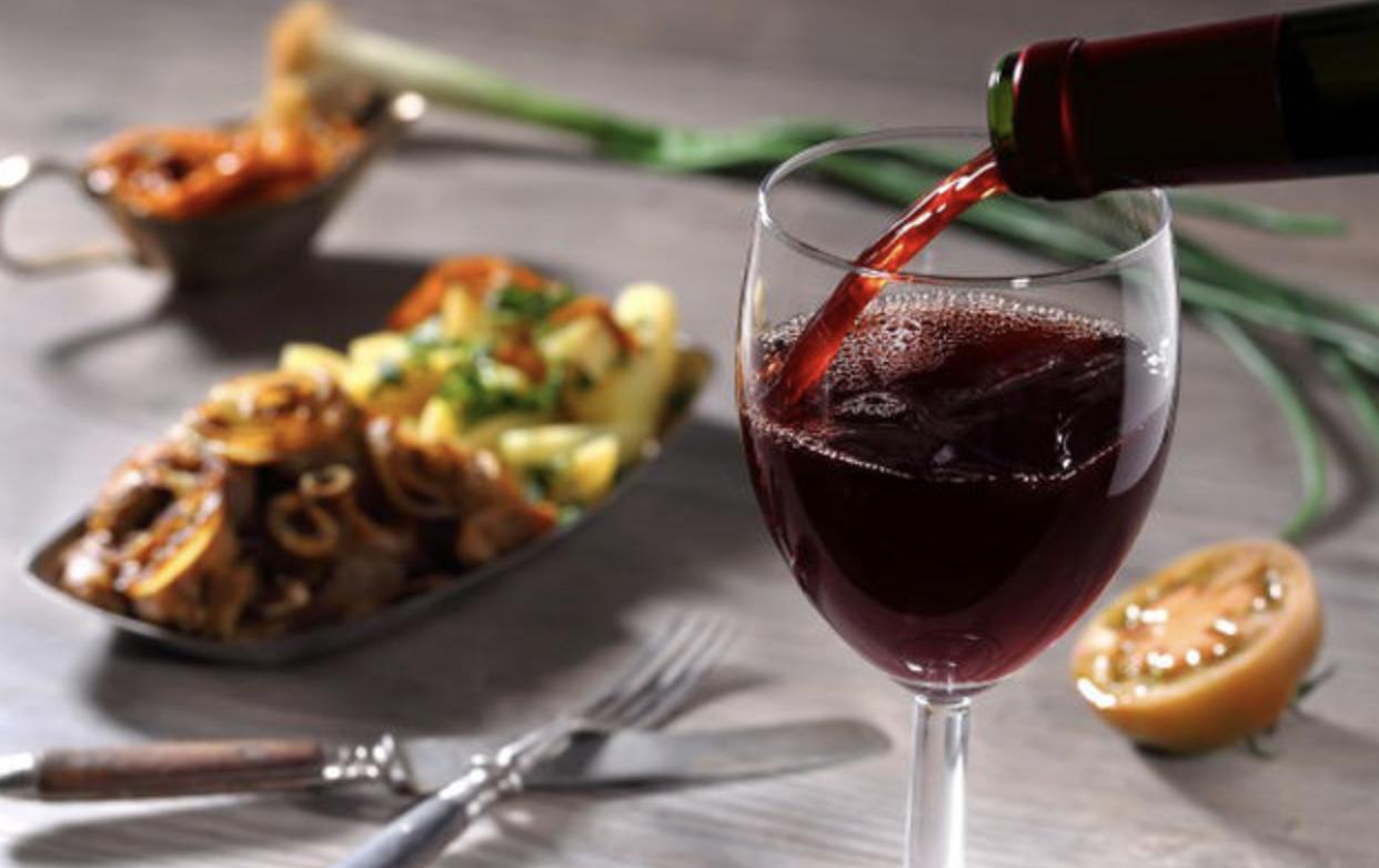 Welke wijnen kunt u goed combineren bij pittige gerechten?