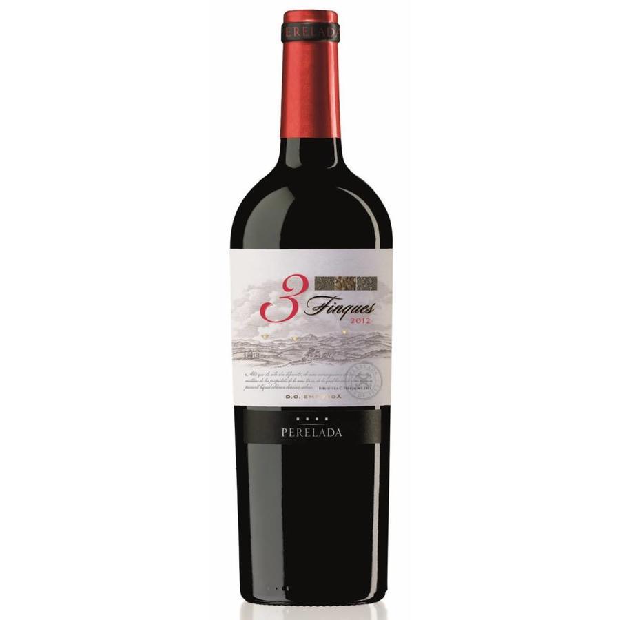 Castillo Perelada 3 Finques, 2015, Blend, Emporda, Spanje, Rode Wijn