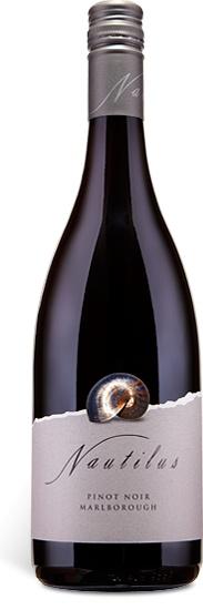 Nautilus Estate Nautilus Estate, 2015, Pinot Noir, Rode Wijn