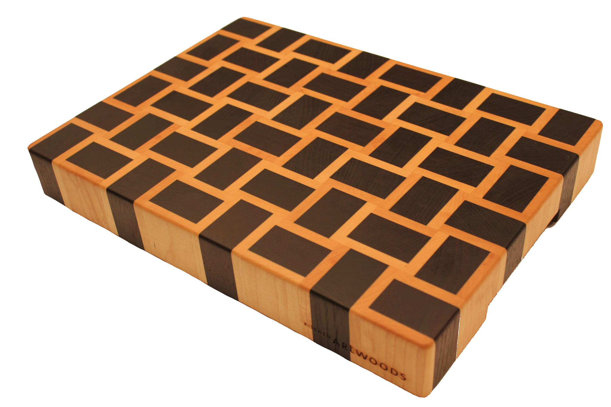 end grain cuttingboard with a woven patern of wenge and hard maple