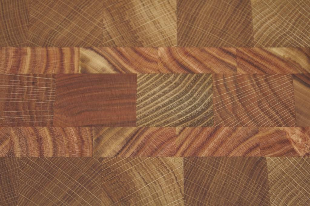 Kopshouten snijplank van eik, christusdoorn, kers, robinia en moeraseik