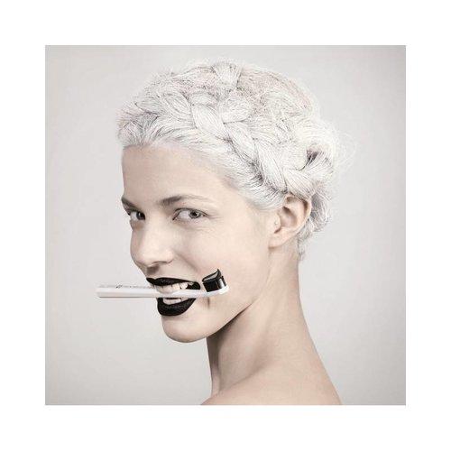Curaprox Curaprox White is Black Tandpasta + Ultra Soft Tandenborstel | 5460