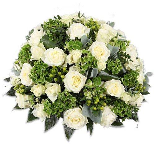 Rouwboeket met witte rozen