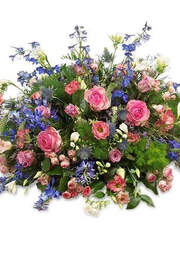 Abelia Meesterbinders Rouwboeket met roze en blauwe bloemen
