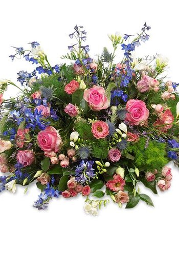 Rouwboeket met roze en blauwe bloemen