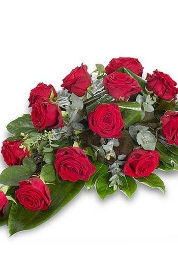 Rode rozen rouwboeket