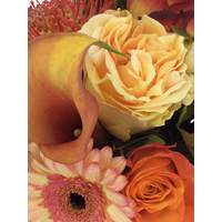 thumb-Boeket oranje rood tinten seizoensbloemen-2