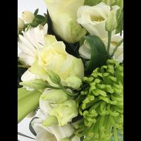 Rouwbiedermeier witte bloemen