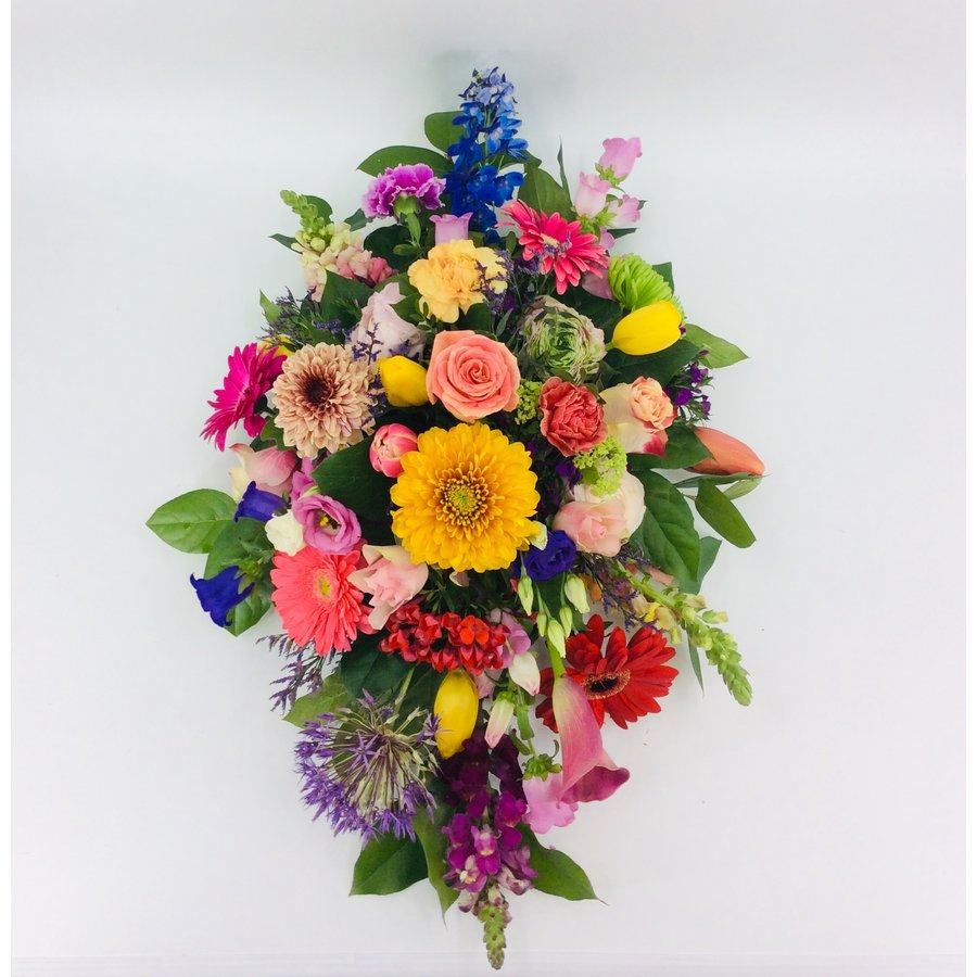 Ovaal gestoken kleurrijk afscheidsbloemen-2