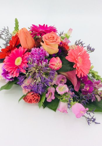 Abelia Meesterbinders Kleurrijk rouwbloemstukje