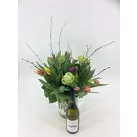 thumb-Tulpenboeket met  fleswijn-2