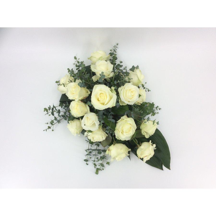 Witte rozen rouwbloemstuk W4-1