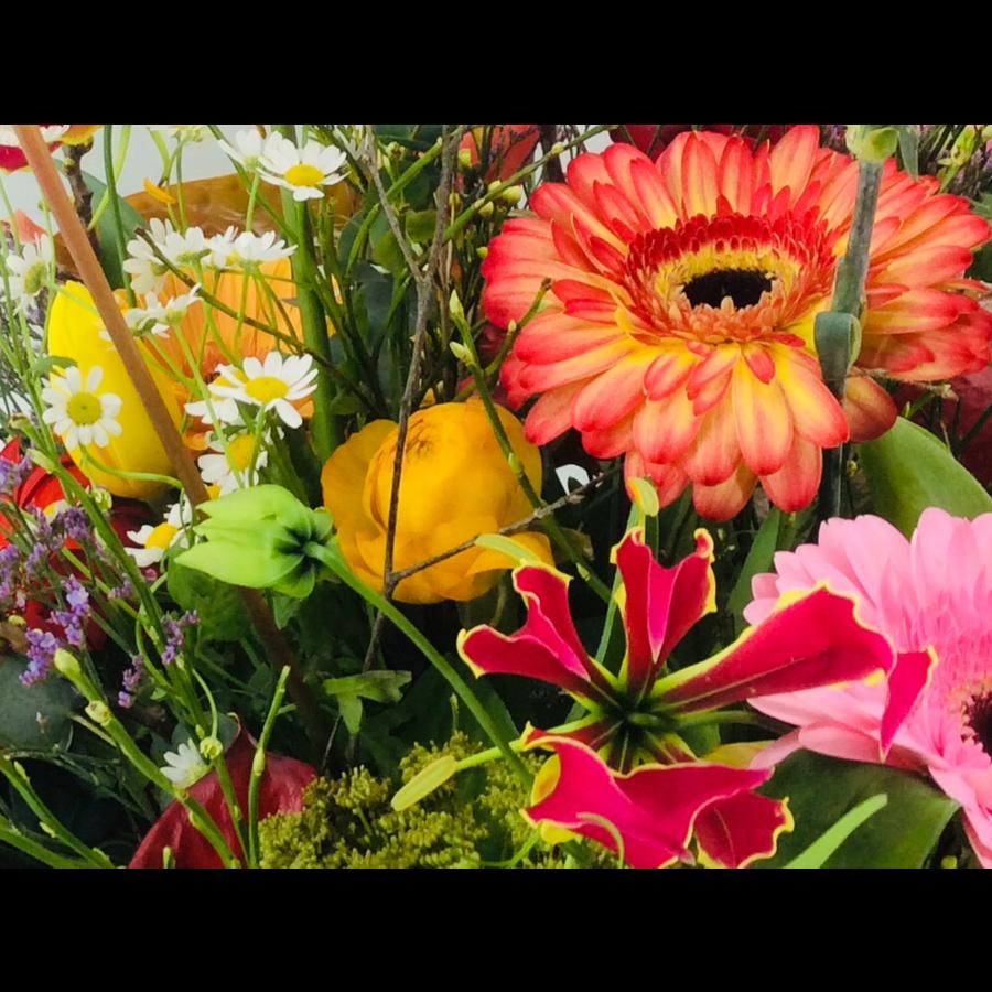 Boeket seizoensbloemen-1