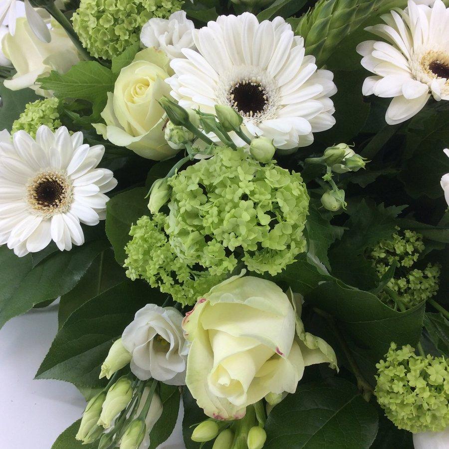 Bloemen voor uitvaart wit-7