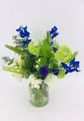 Abelia Meesterbinders Plukboeket  blauw wit