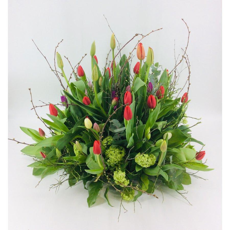 Tulpentuin gekleurd voor uitvaart-4