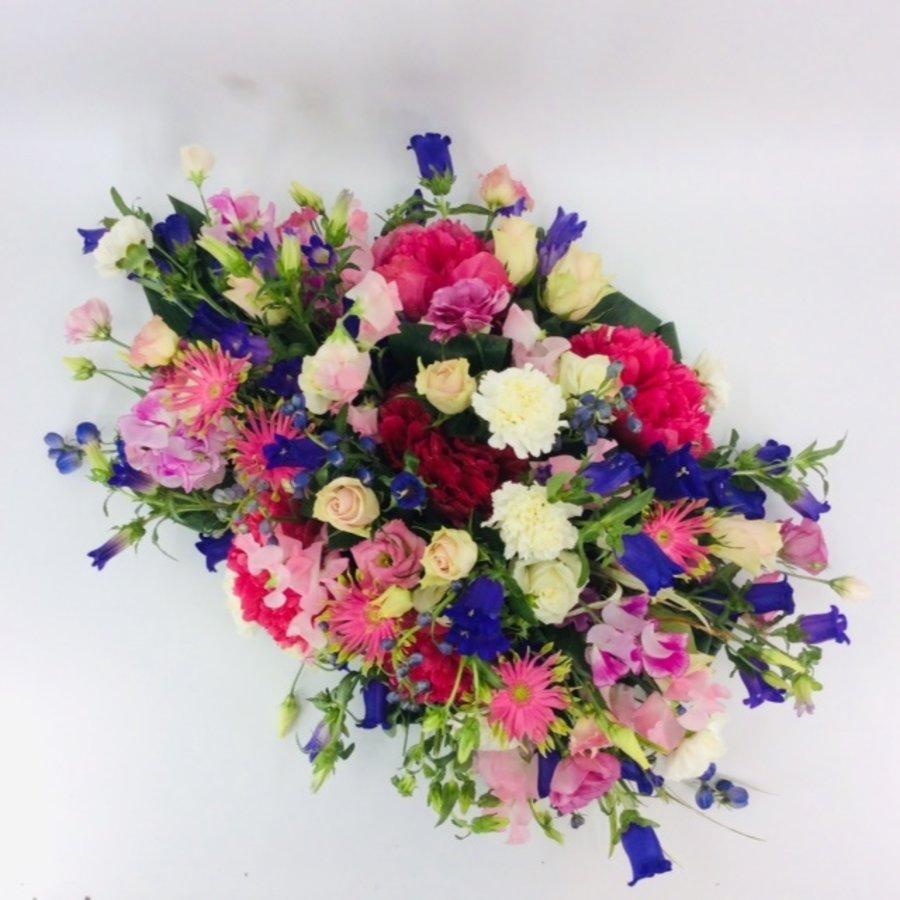 Fijne  kleurrijke afscheidsbloemen-3