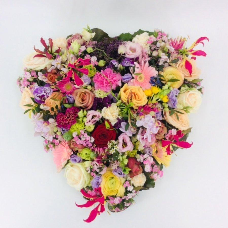 Kleurrijk hart vorm-1