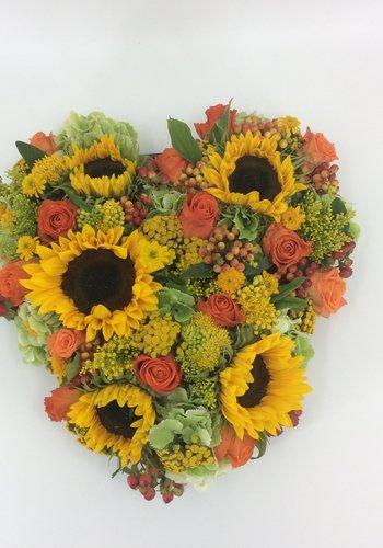 Abelia Meesterbinders Hartvorm met Zonnebloemen