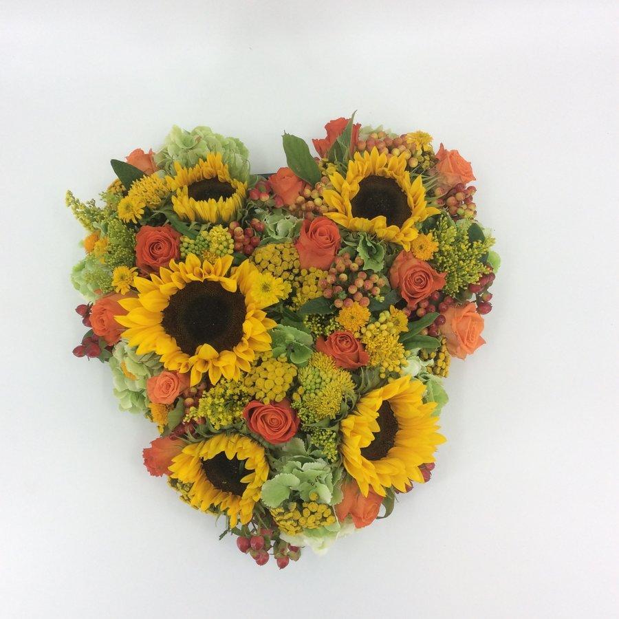 Hartvorm met Zonnebloemen-1