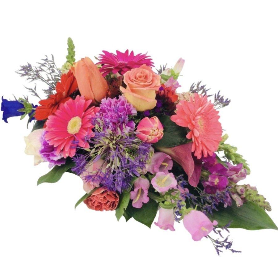 Kleurrijk rouwbloemstuk-1