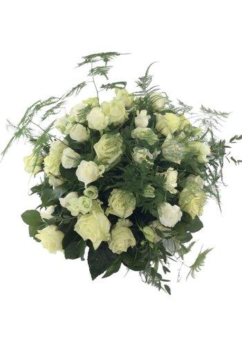 Abelia Meesterbinders Rouwarrangement van witte rozen W2