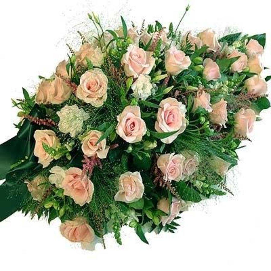Druppelvormig rouwarrangement van diverse Roze bloemen-1