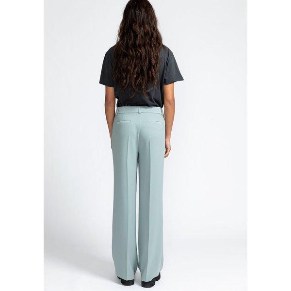 Nora pants frozen green